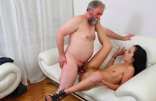 zdjęcia kobiet uprawiających seks analny